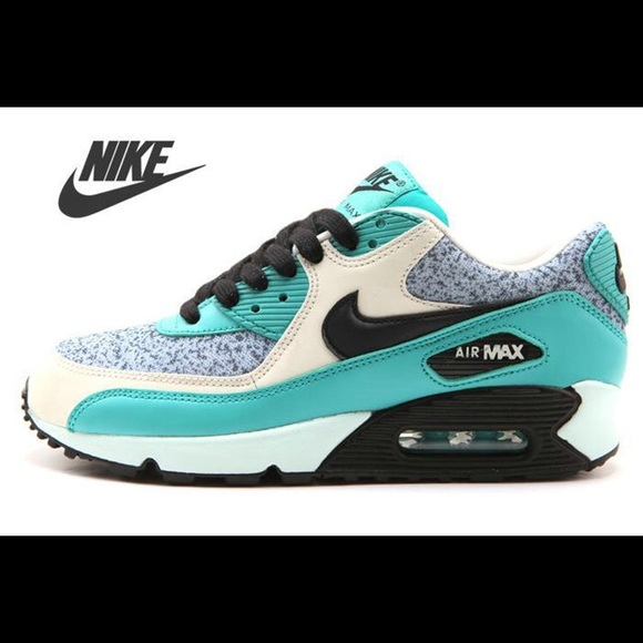 nike air max light blue